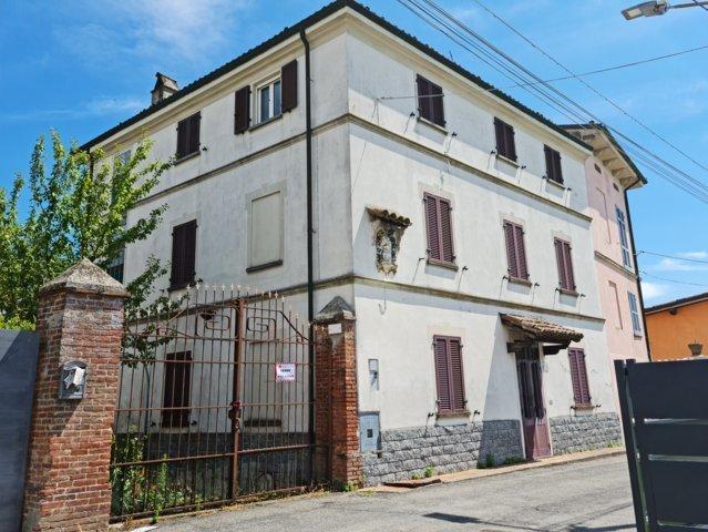 Montu' Beccaria (PV) VENDITA Villa d'epoca in vendita Rif. 652